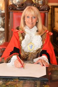 Cllr Dee Simson, Mayor of Brighton & Hove 2018/19