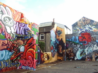 small image of the graffiti mural in Kensington Street